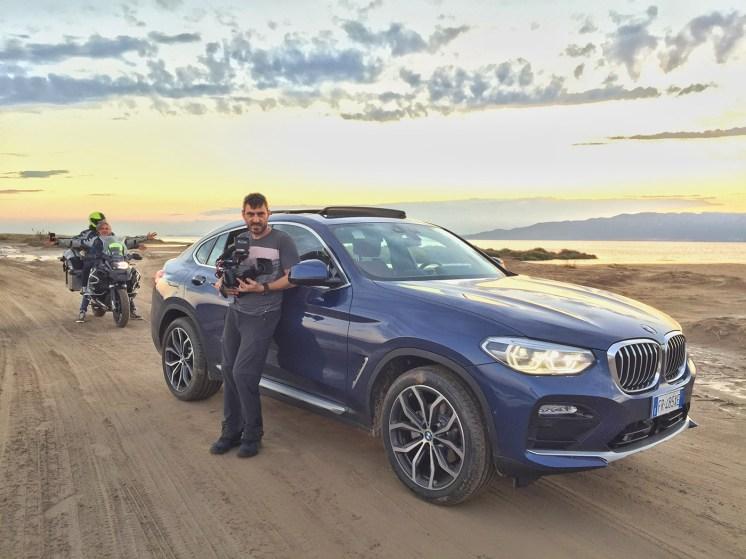 Se-ti-abbraccio-non-aver-paura-BMW-road-movie