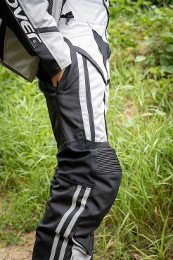 abbigliamento-moto-viaggio-estivo-pantaloni-tasche-capienti-clover-light-pro-3-wp