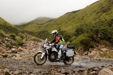 honda-adventure-roads-islanda