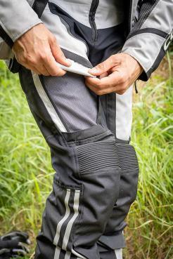 pantaloni moto estivi