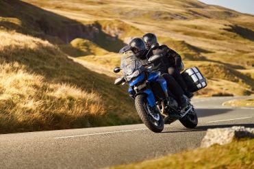 triumph-tiger-850-sport-caspian-blue-blu-viaggio-coppia-valigie