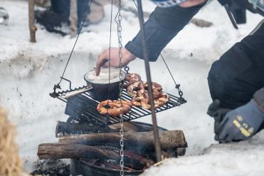 Agnellotreffen-cena-campeggio-fuoco