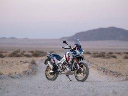 CRF1100L Africa Twin Sport nel deserto