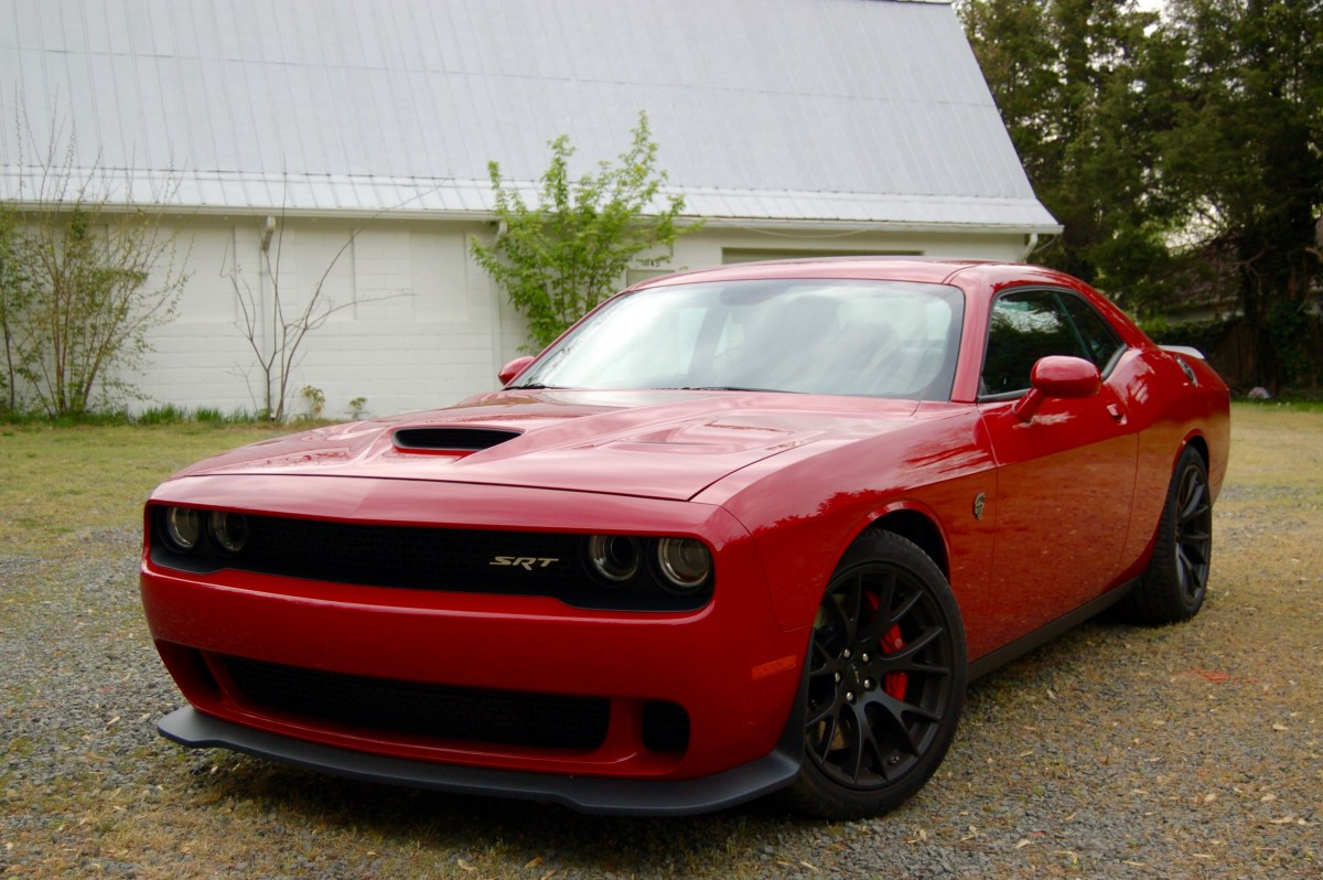 2016 Dodge Challenger SRT Hellcat -- Hell Yes!!!