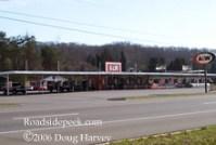 Roadside Peek : Drive-in Eateries Southeast 2