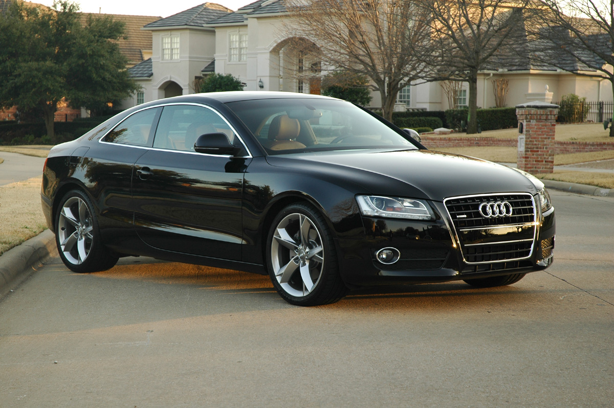 hight resolution of audi a5 black