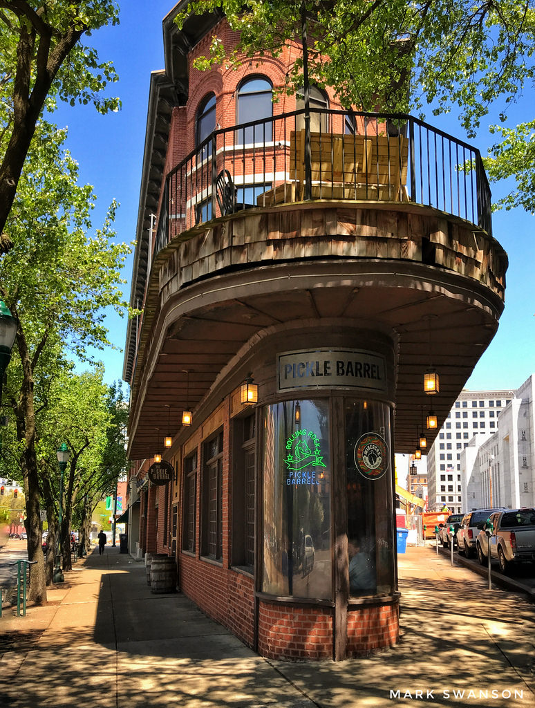 Chattanooga S Local Restaurants Downtown Roadtrips
