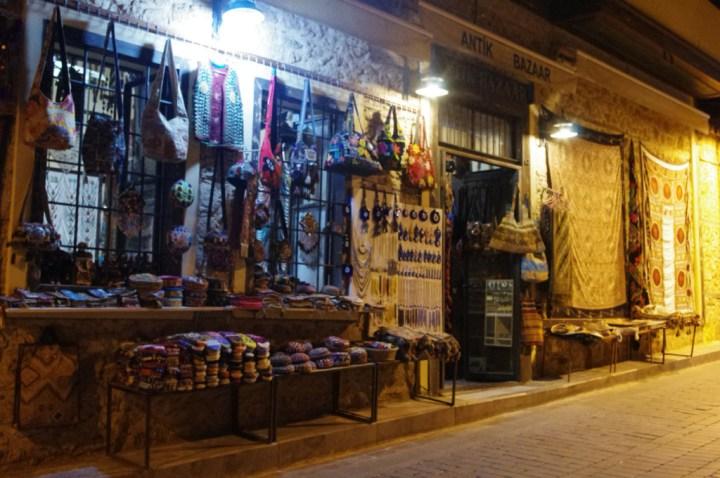 Antalia-Turkey-occupy-Gezy-shop