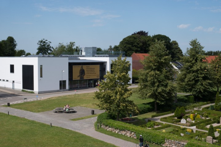 Jelling stones - Danemark - view of museum from mount