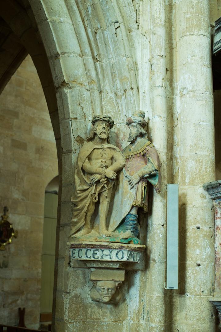 Statue inside - Notre Dame d'Avioth - Avioth - France