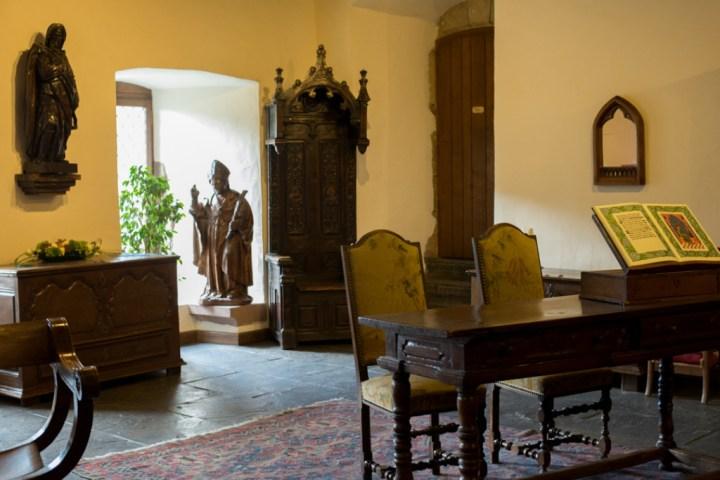 Vianden Castle - Luxembourg - the bedroom furniture