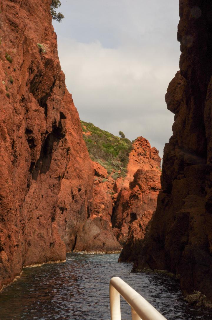 Scandola Nature Reserve in Corsica - red cliffs passage