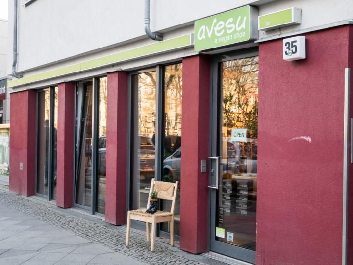 Outside view of Avesu on Schivelbeiner Straße or Vegan Avenue - Berlin