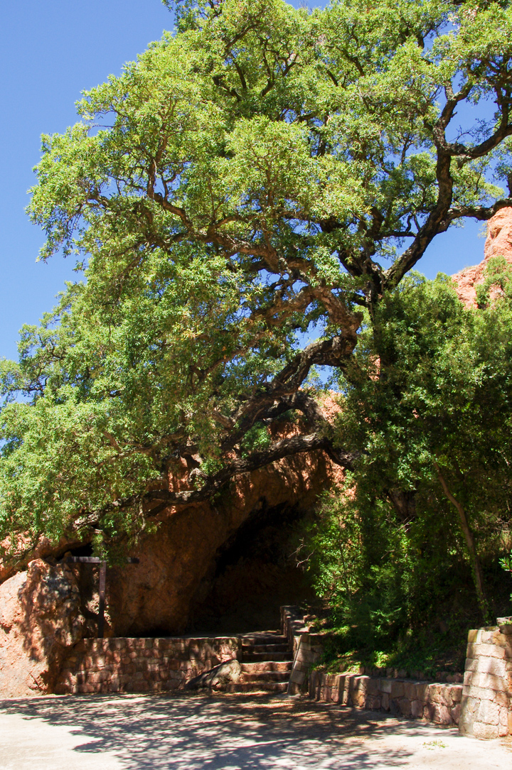 The Saint baume grotto in the Esterel, France - Learn more on roadtripsaroundtheworld.com