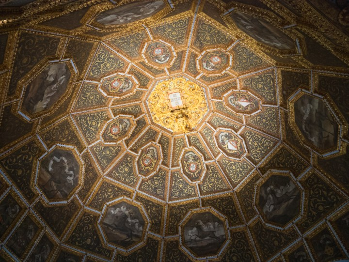 Ceiling of the room of the Coats of Arms at the Sintra Palace - Portugal - Learn more on RoadTripsaroundtheWorld.com
