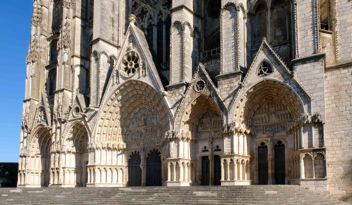 Bourges Cathedral, a unique example of gothic architecture