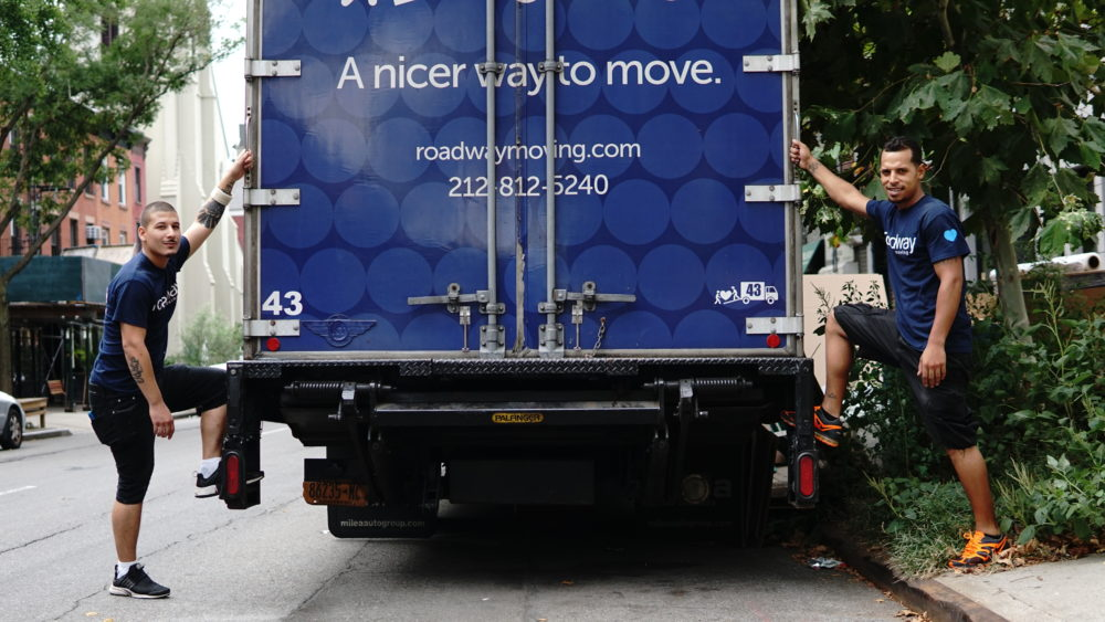 5 things to consider when choosing a local moving company