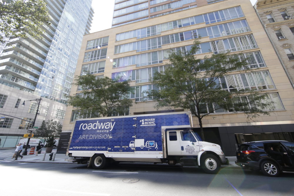 Things To Do When Moving With Professional Manhattan Moving Companies