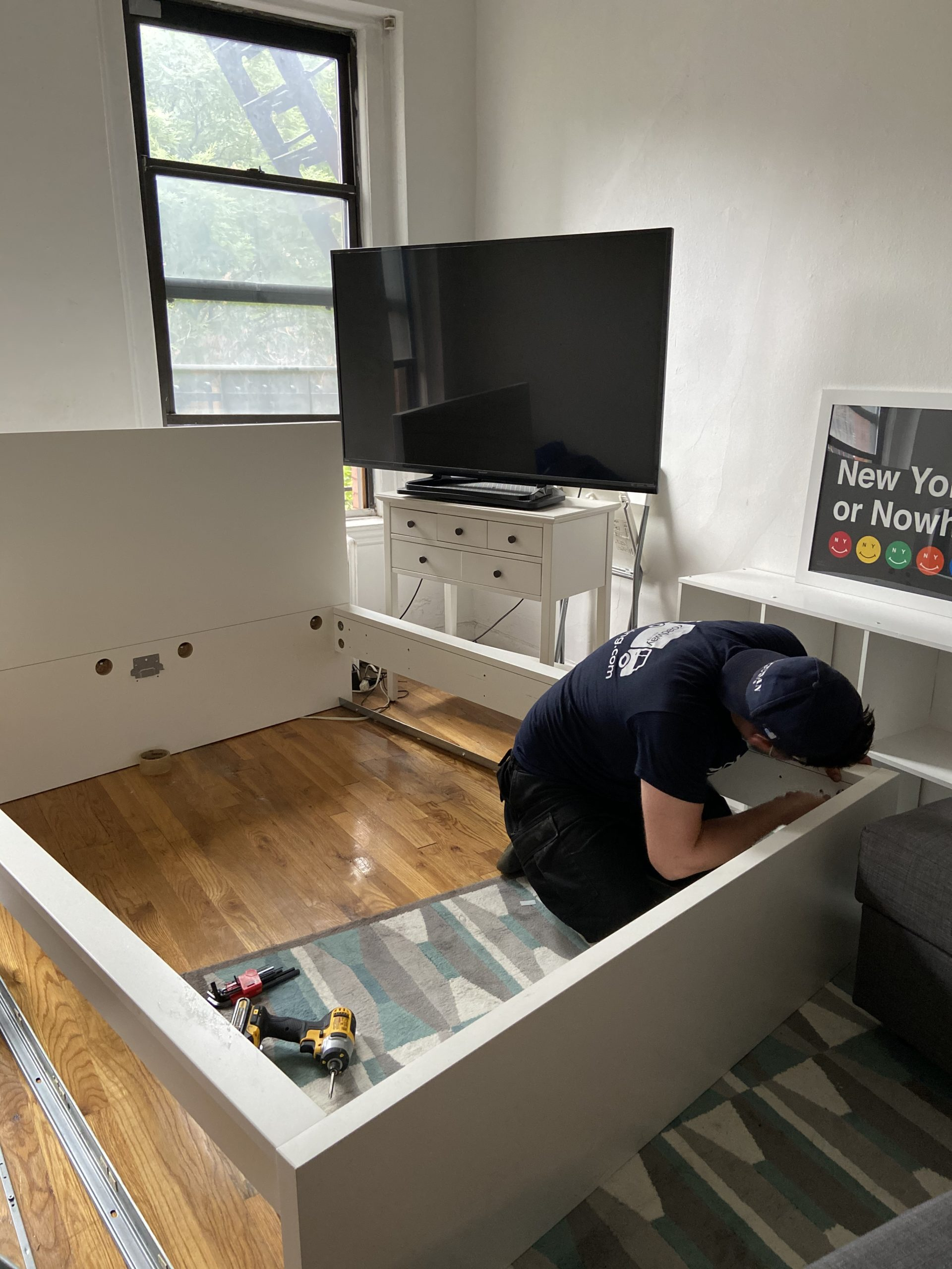 Do Moving Companies Disassemble Furniture?