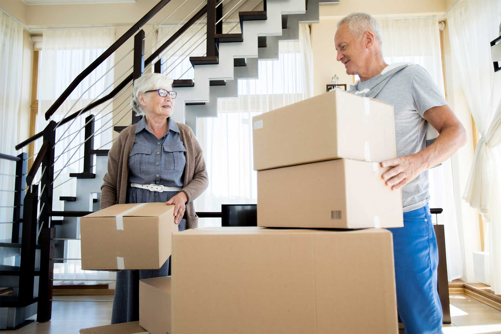 5 Tips on Downsizing and Moving Senior Citizens
