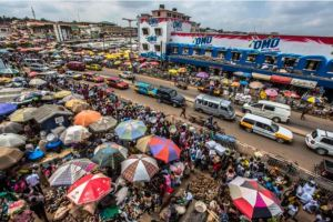 Accra markets (Makola) urban walk