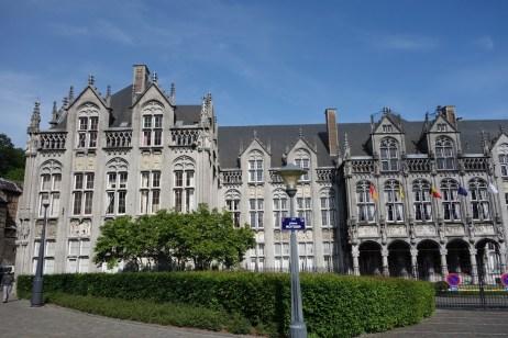 Government building near Liege-Palais train station