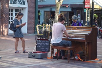 Live entertainment in the marketplace
