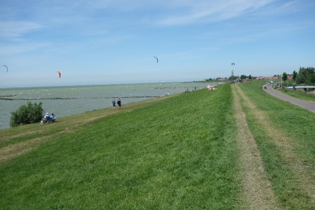 Ijsselmeer to the left, with heaps of kite surfers