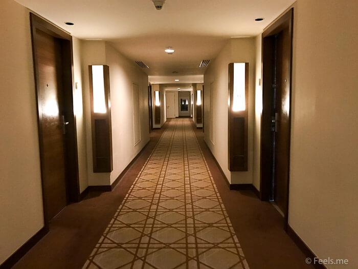 Hyatt Regency Kinabalu, Regency Suite Walkway to room