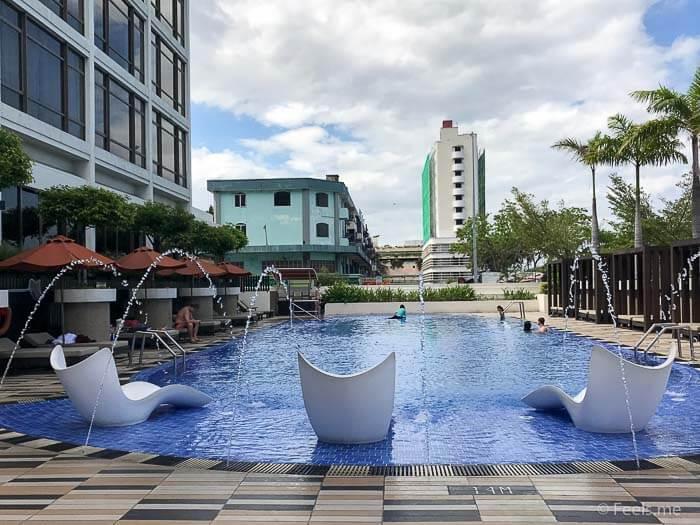 Hyatt Regency Kinabalu, Regency Suite Swimming Pool