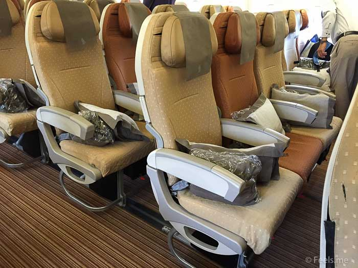 SQ SIN CAN Economy Class 2 3 2 seating at the back row