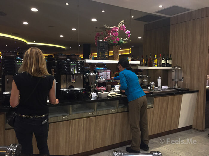 SATS Lounge Singapore Changi Terminal 1 Food