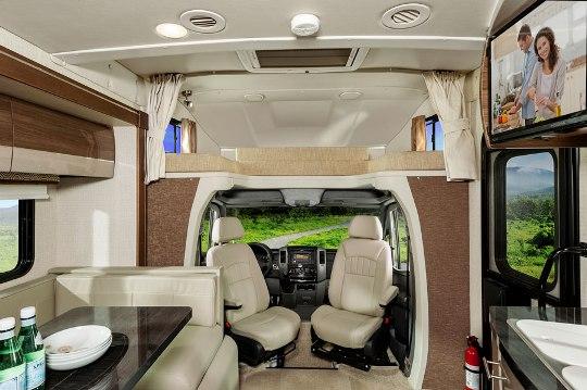 2015 Winnebago Navion 24J Class C Motorhome Roaming Times
