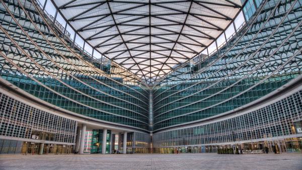 piazza città di lombardia, la sede di FIM 2019