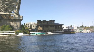 house boat move
