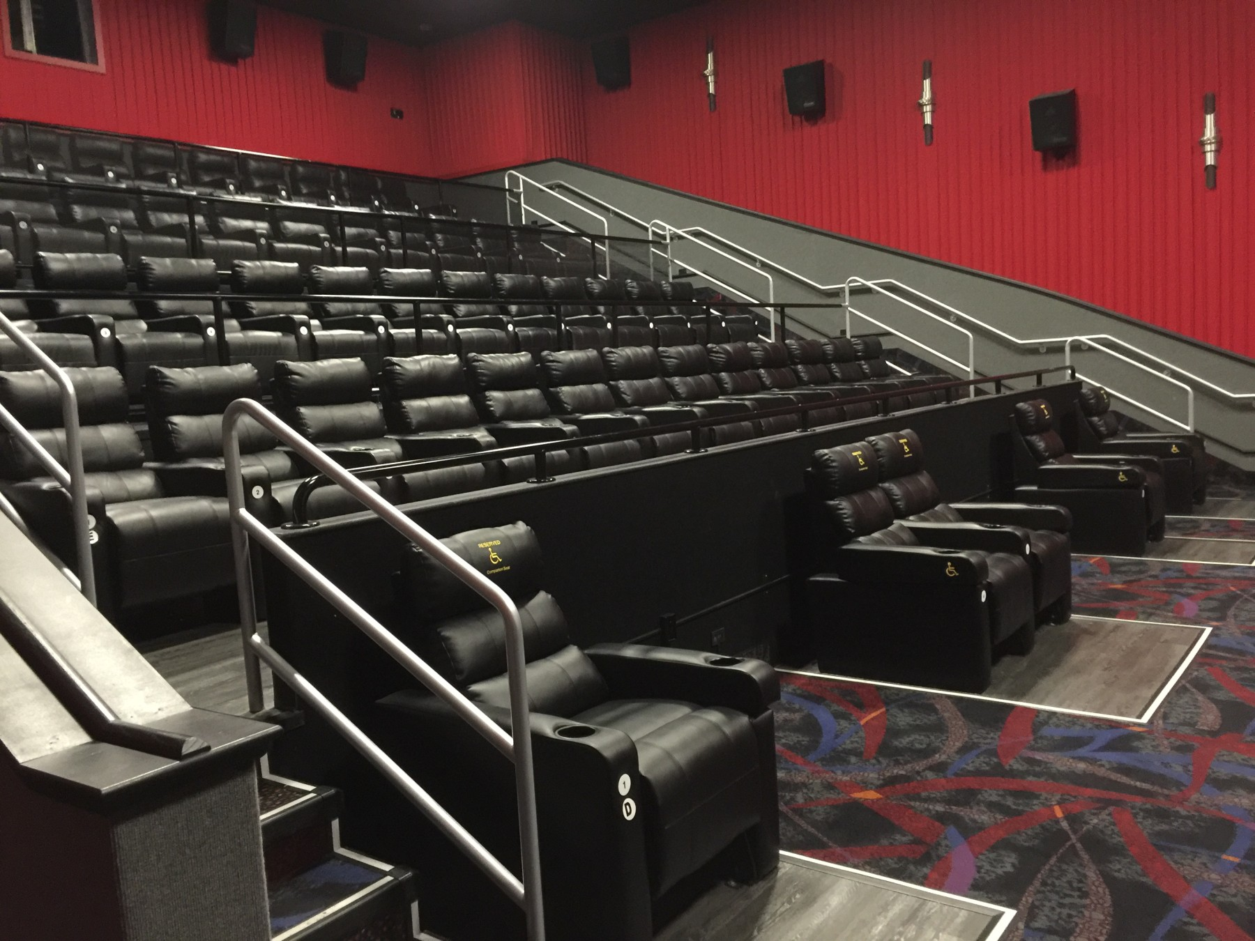 Regal Cinemas Northtown Mall Stadium 12  Robinson