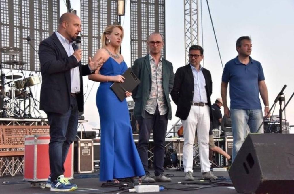 Foto palco concerto Loredana Bertè Arcobaleno D'estate