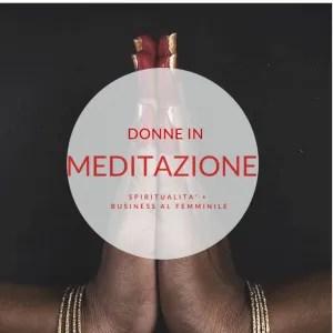 Donne in meditazione