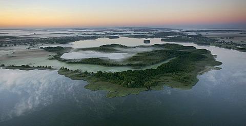 Aerial photograph, Mueritz, River Elde, Mueritz arm, Lake Kleine Mueritz, Mueritz National Park, early morning fog, Mecklenburg Lake District, Rechlin, Mecklenburg-Western Pomerania, Germany, Europe