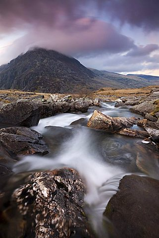 Rocky river in Cwm Idwal leading to Pen yr Ole Wen Mountain at sunset, Snowdonia National Park, Conwy, North Wales, Wales, United Kingdom, Europe