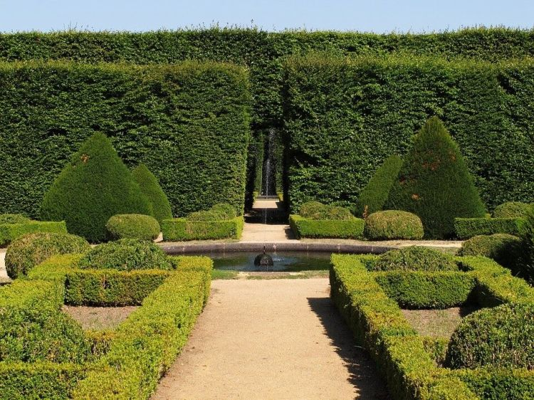 10 Landscape Design Ideas For Classic French Style Robert Landscapes