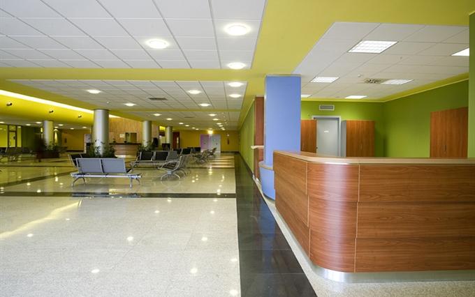 Reception su misura Banconi e mobili per reception personalizzati alta qualit su disegno del