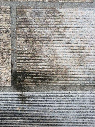 Un esempio di lavoro su mattoni in cemento