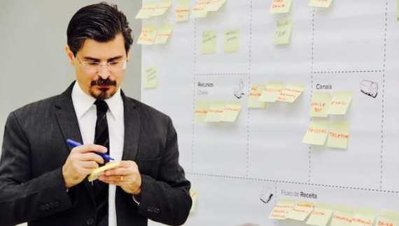 O planejamento estratégico é fundamental para entender o seu negócio, fazer prospecções e nortear as ações para o futuro da sua empresa contábil.