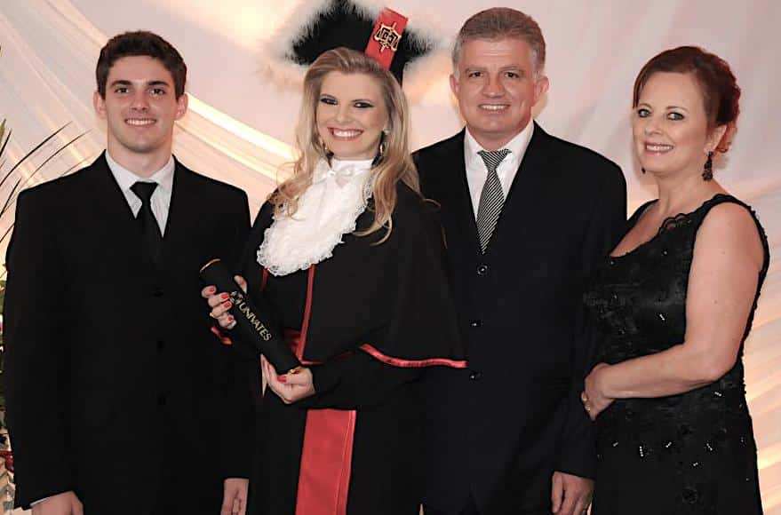 Marinês Peruchini Malaggi e sua família