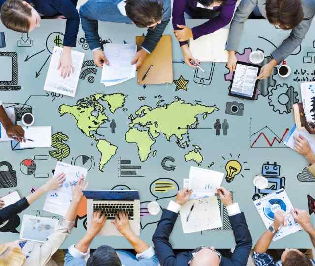 Descubra quais são os tipos de fusões possíveis entre empresas