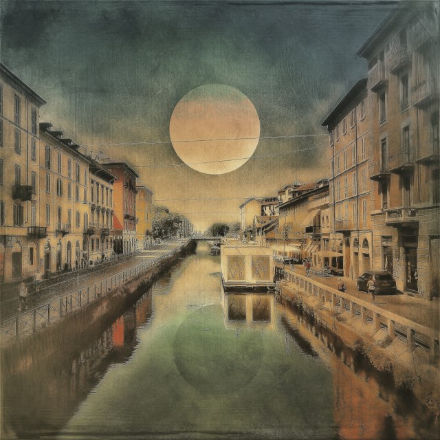 moon over the canal