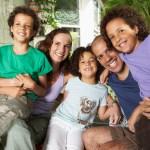 Il padre e la madre sono ancora differenziati all'interno della famiglia?