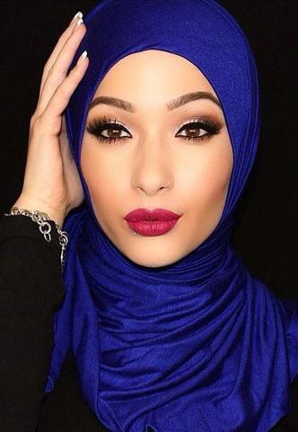 Il velo arabo, hijab e burca