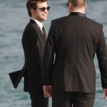 rob-with-bodyguard2